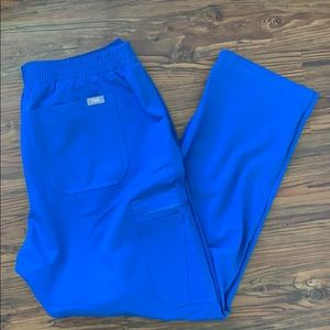 Figs Yola-skinny scrub pants.